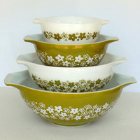 Pyrex Cinderella Nesting Mixing Bowls in Spring Blossom Green- Complete Set of 4 - Original Design- Crazy Daisy