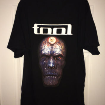 Sale!! TOOL American Tour Band tee shirt