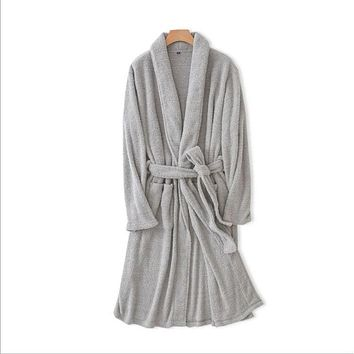 2017 Autumn lovers High quality Pajamas Robe Men Coral fleece Robes MaleTurn-down V-neck collar Bathrobe Men's Homewear robe
