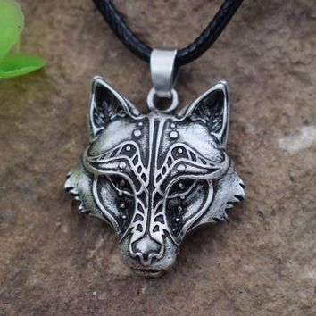 *men's Celtics Wolf Heart Couples Necklaces Animal pendant Totem Best Friends Or Couples Jewelry