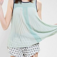 Pins And Needles Colorblock Pleated Tank Top