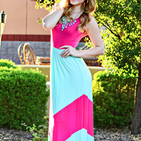 THE DECADENCE CHEVRON MAXI DRESS IN MINT/PINK