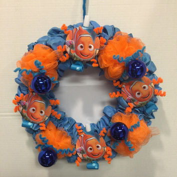 Nemo Balloon Wreath