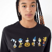 Junk Food Peanuts Halloween Tee | Urban Outfitters