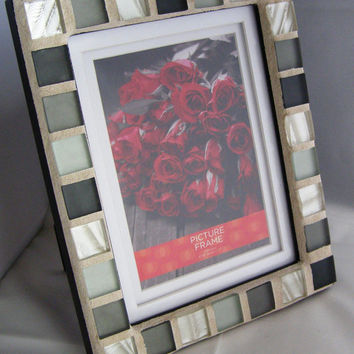 Pearl White, Silver and Gray Glass Mosaic Frame, 5 x 7 Frame, Mosaic frame, Unisex frame. Matted Frame