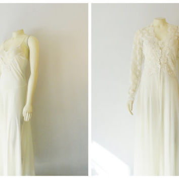 Vintage Nightgown and Robe Dressing Gown Victoria's Secret Ivory Bridal Lingerie Set Lace Iridescent Sequins & Beads Size Large