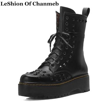 Rock Studded Dr. Marten Boots Punk Style Winter Motorcycle Boots Rivets Shoes Women Lace up Real Leather Dr. Martin Boots Riding