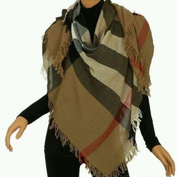 VONEA7H Burberry Women's Large Casmere Scarf New