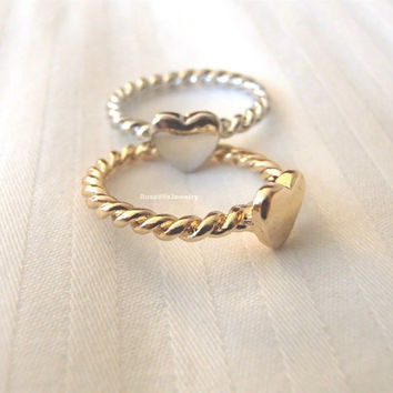 Twisted sweetheart rings - Gold and Silver, minimalist knuckle rings, midi rings, mini rings, silver ring, gold ring, heart ring