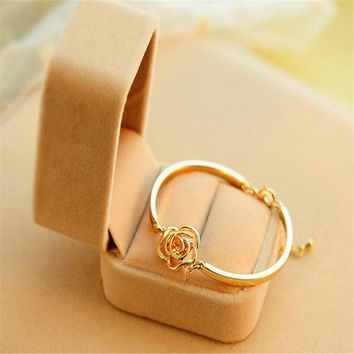 Doreen Box 2016 New Korean Lovely Rose Flower Bracelet Zircon Crystal Pink Imitated Charm Bangles Vintage Jewelry