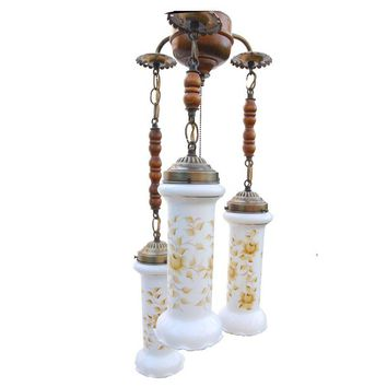 Pre-owned Vintage Early American 3 Light Swag Lamp