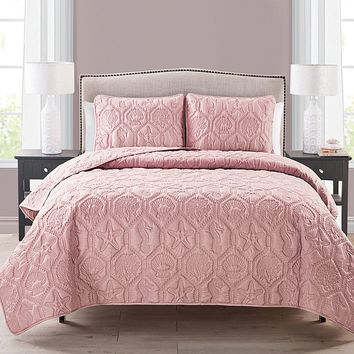 Victoria Classics Shore 3-pc. Quilt Set