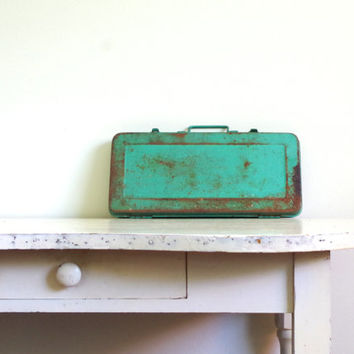 vintage tool box // hanson tool box // industrial decor // turquoise tool box // vintage metal tool box // paintbrush storage // metal box
