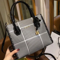 GUCCI New fashion women shoulder bag Black