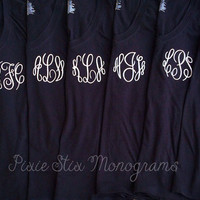 Monogrammed V-neck - Several colors - Bride or Bridesmaid - Lot of 6 shirts