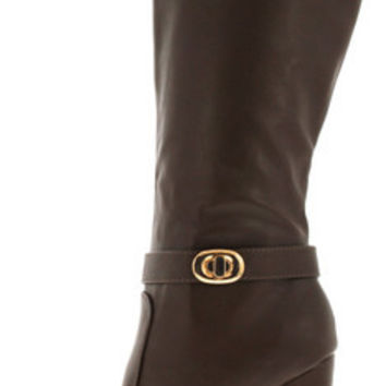 ARCHER05 BROWN TWIST LOCK BLOCK HEEL BOOT