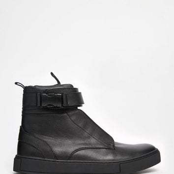 Dark Future | Dark Future Sneakers in Black With Seatbelt Buckle Strap at ASOS