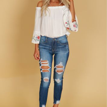 Medium Distressed Fringed Skinny Jeans Medium