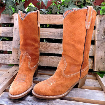 Wolverine boots womens 7.5  / Vintage 70s cowboy boots /  made in USA brown suede excellent condition