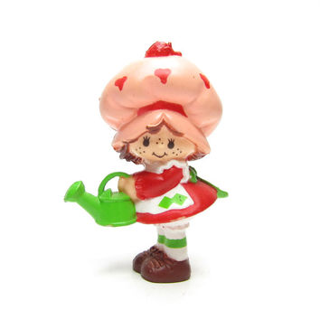 Strawberry Shortcake Watering Can Figurine Vintage Strawberryland Miniature Doll