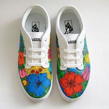DCCKIJG Custom Vans Atwood Shoes - White Sneakers with Colorful Flowers