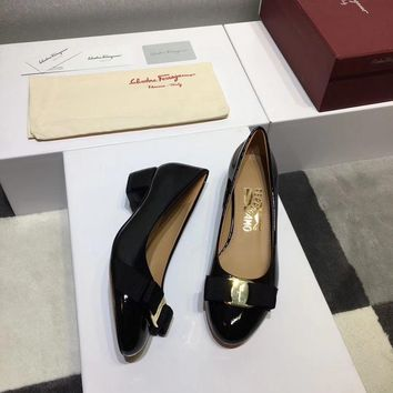 Ferragamo Ferragamo flat shoes in high heels ribbon bow patent leather cowhide shallow mouth round head shoes black Heel height 3.5cm