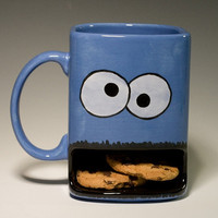 Cookie monster type dunk mug