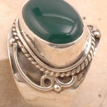 Immense Sterling Silver in ring set in 925 Green Onyx