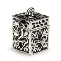 Darice BG2029 Fleur De Lis Shaped Prayer Box Charm, Antique Silver