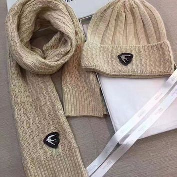 DCCKNQ2 Alexander McQueen Fashion Beanies Knit Winter Hat Cap Scarf Scarves Set Two-Piece1