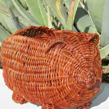 Wicker Basket. Pig. Vintage Basket. Piggy. Maple. Plant Basket. Home Decor. Collectible. Woven Basket. Weave Basket. Country. Farmhouse