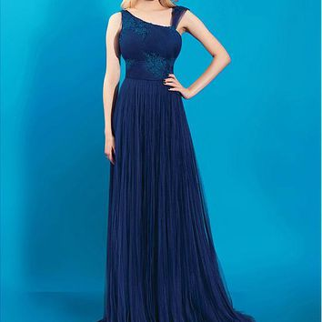[96.99] Amazing Tulle Asymmetrical Neckline A-line Prom Dresses With Lace Appliques - dressilyme.com