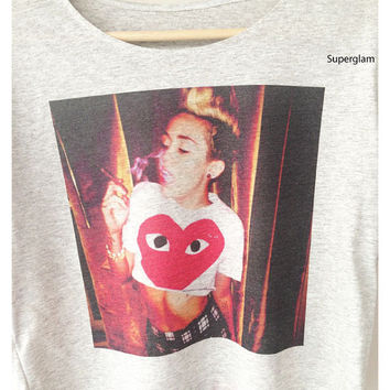 Miley Cyrus Smoke Actress Singer Pop Rock R&B Billboard Hot Women Top Wide Crop Fashion T Shirt Free Size