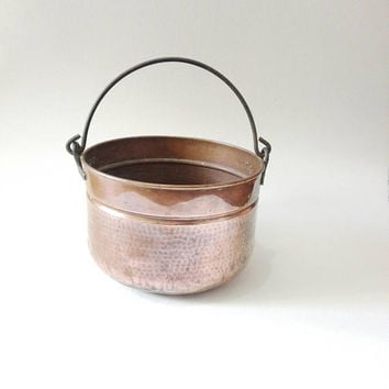 Wall hanging, hammered copper, handled bowl, french antique, french kitchen, farmhouse, copper vintage, french country, french housewares,