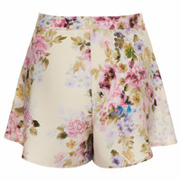 **FLORAL HIGH-WAISTED SHORTS BY OH MY LOVE