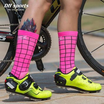 CREYEB2 DH SPORTS Professional Riding Cycling Socks Breathable Outdoor Exercise Sports Socks Compression Athletic Socks for Men Women