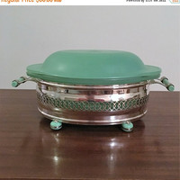 PYREX SALE: Vintage 1940s Agee Pyrex Green 1.75 Pint Oval Casserole Dish with Lewbury EPNS Holder and Matching Green Bakelite Handles and Fe