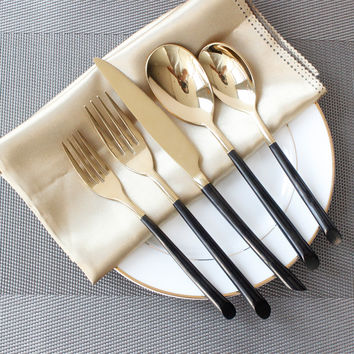 5Pcs/set Stainless Steel Tableware Super Quality Cutlery Sets Black Handle Golden Flatware Dinnerware Dessert Spoon Fork Knife