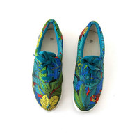 25% OFF STOREWIDE! 80s tropical tennis shoes. resort wear shoes.
