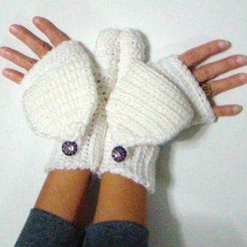 White mittens convertible fingerless crochet with decorative buttons winter fashion stylish gloves women mittens