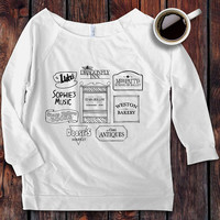 Gilmore Girls Store Name Signs Luke's Diner Dragonfly Inn Stars Hollow inspired 3/4 Sleeve Off the Shoulder Raglan T-Shirt / -Screen Printed