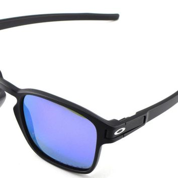 New Oakley Sunglasses Latch Squared Matte Black w/Violet Iridium Polarized