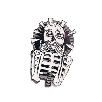 Scaredy Skeleton Enamel Pin (Glows)
