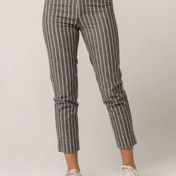 IVY & MAIN Grey Stripe Womens Crop Pants