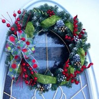 Christmas Wreath Snow Tipped Artificial Pine