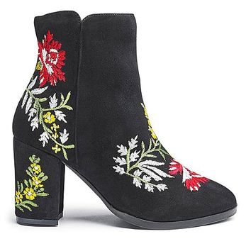 Heavenly Soles Embroidered Ankle Boots | Simply Be USA