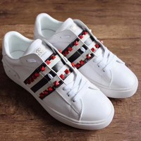 Valentino summer couple small white shoes low cut rivets lace sports shoes F-RCSTXC