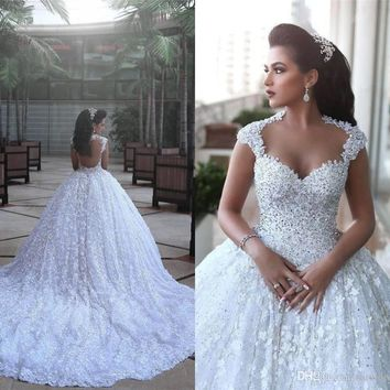 Illusion Neck Cap Sleeves Cathedral Train Appliques Lace Wedding Gowns Robe de mariage New Ball Gown Wedding Dresses