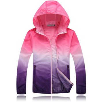 Waterproof Outdoor Sportswear Men Windbreaker Women Jacket Thin Sun-Protective Outwear Hunting Clothes Men Hooded Jacket