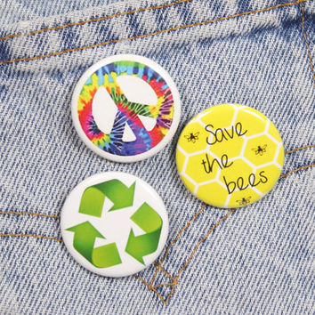 Recycling Symbol 1.25 Inch Pin Back Button Badge